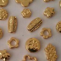 חרוזי מתכת בציפוי זהב